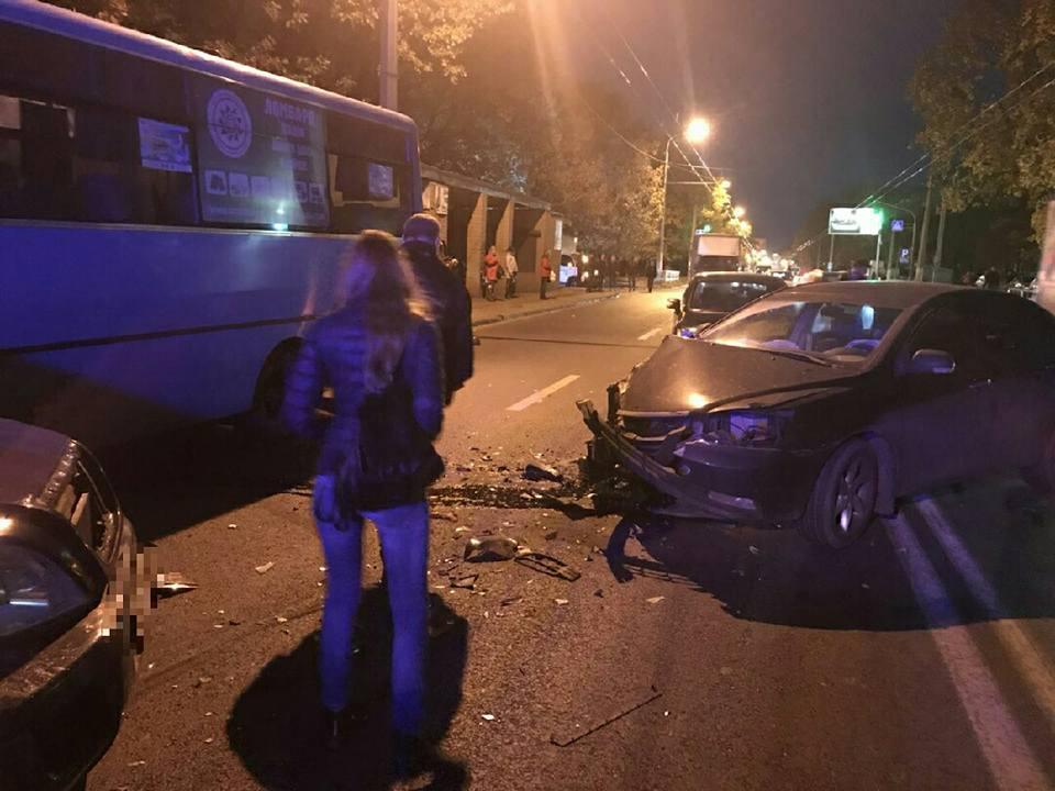 ДТП наСалтовке: пострадали 4 человека, один скончался в клинике