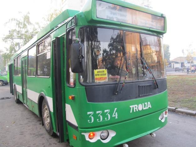 В Харькове ограбили водителя троллейбуса (фото)