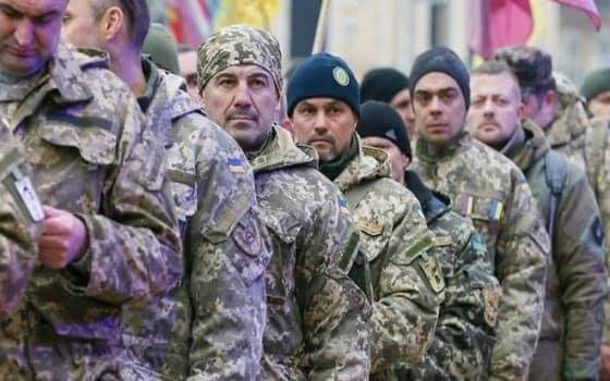 Харьковчан вместо работы отправляют в армию
