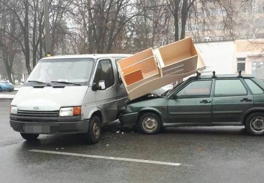 ДТП в Харькове. Есть пострадавшие (фото)