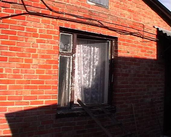 ЧП под Харьковом. Мужчина двое суток мучился на пороге собственного дома