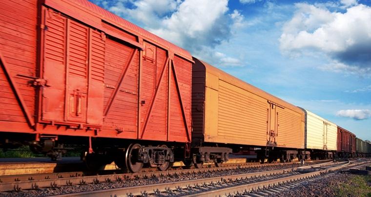 По ЮЖД провезли тонны ценных грузов