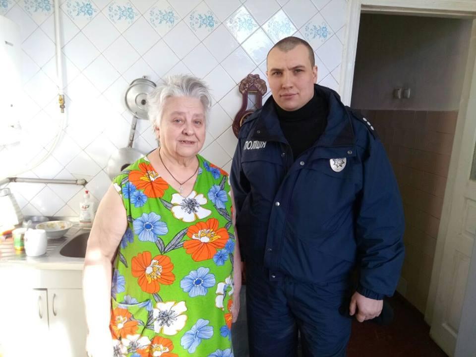 В Харькове молодой человек спас старушку от агрессивного возлюбленного