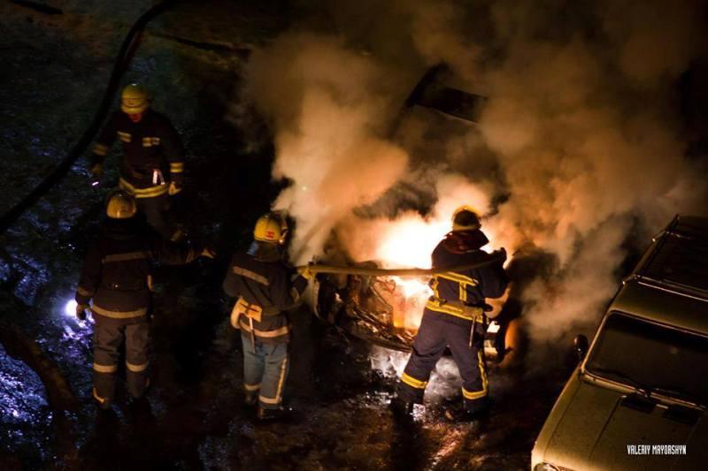 Трем жителям Харькова крупно не повезло ночью (фото)