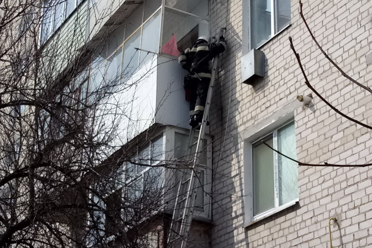 На Харьковщине пенсионерка внезапно попала в ловушку (фото)
