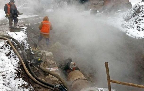 Харьковских тепловиков прижали к стене из-за рваных труб