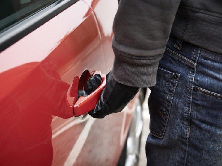 Грозу автолюбителей поймали в Харькове