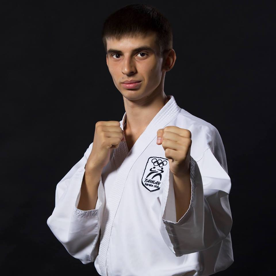 Тренер из Харькова посмотрел соревнования своих учеников и попал в реанимацию