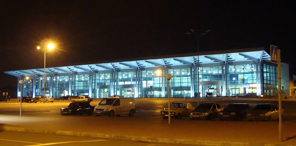 В Харькове преступник пытался прорваться на ночной самолет