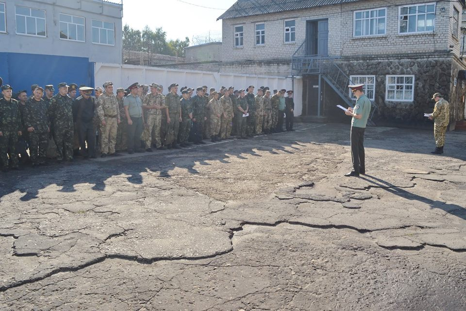 Масштабный обыск провели в харьковском СИЗО (фото)