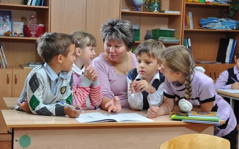 Новый порядок в школах. В Харькове родители хватаются за головы