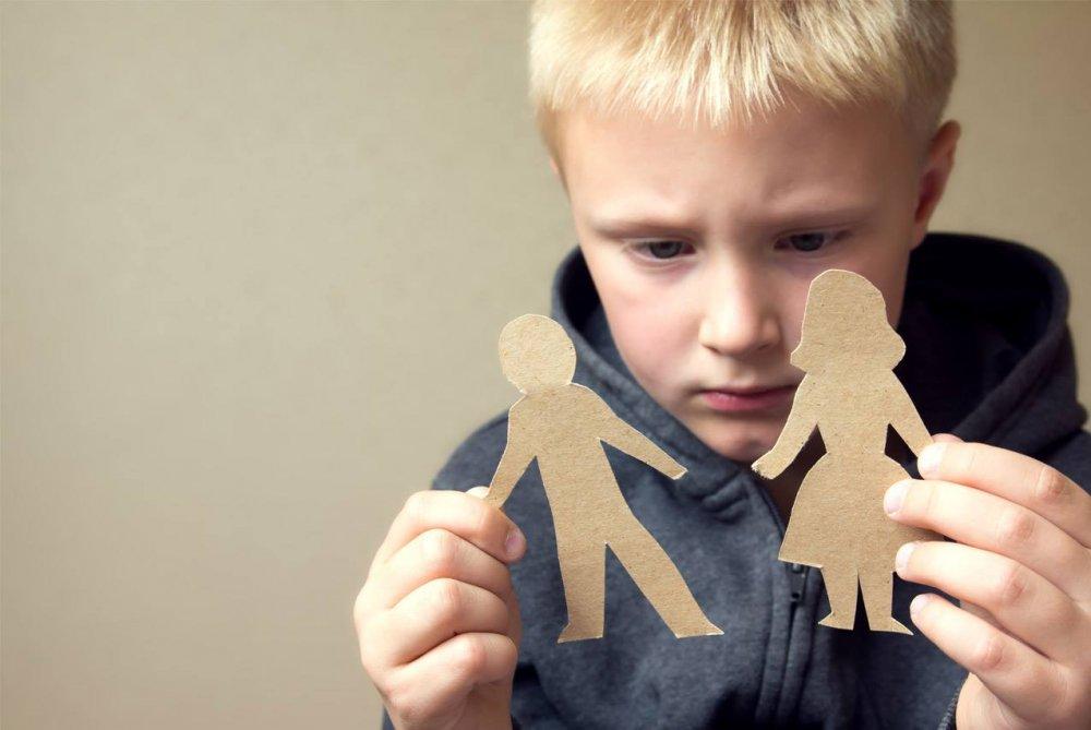 В Харьковской области у семьи забрали ненужного сына