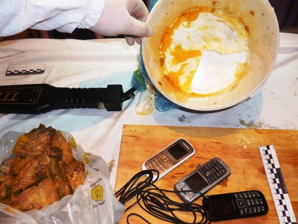 Мясо с сюрпризом приготовили харьковчанину