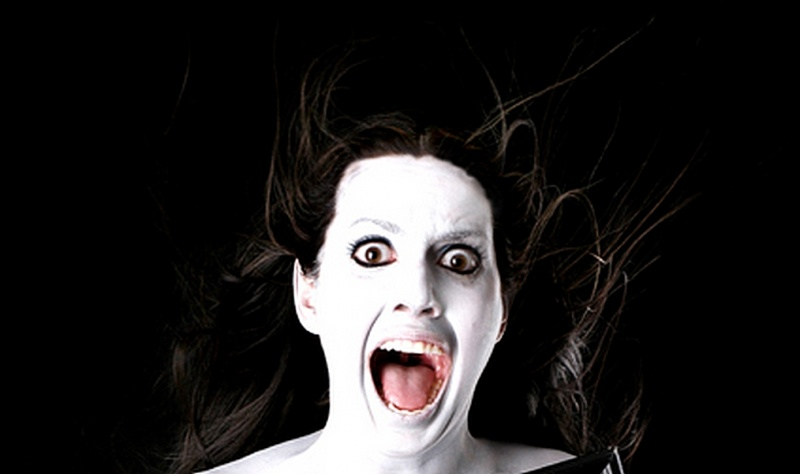 Женщину напугали до полусмерти в собственной квартире (ВИДЕО)