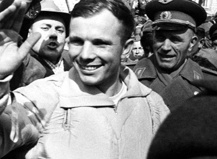 Как харьковчанин Гагарина из космоса встречал