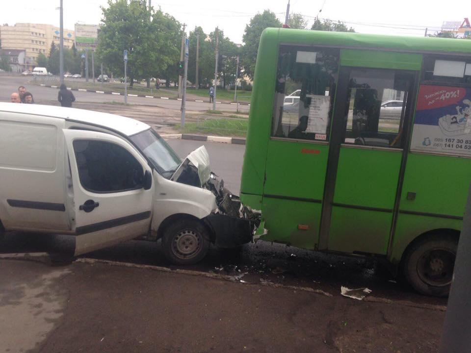Водителю автобуса искалечили жену