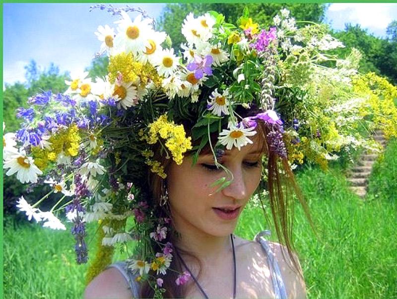 Харьковчанка нашла мужа с помощью троицкого обряда