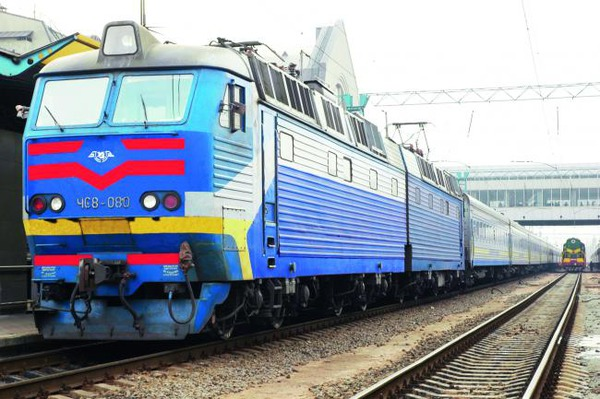 Харьковчане осваивают новшество железной дороги