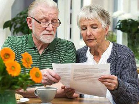 Старики помогают разбогатеть харьковской молодежи