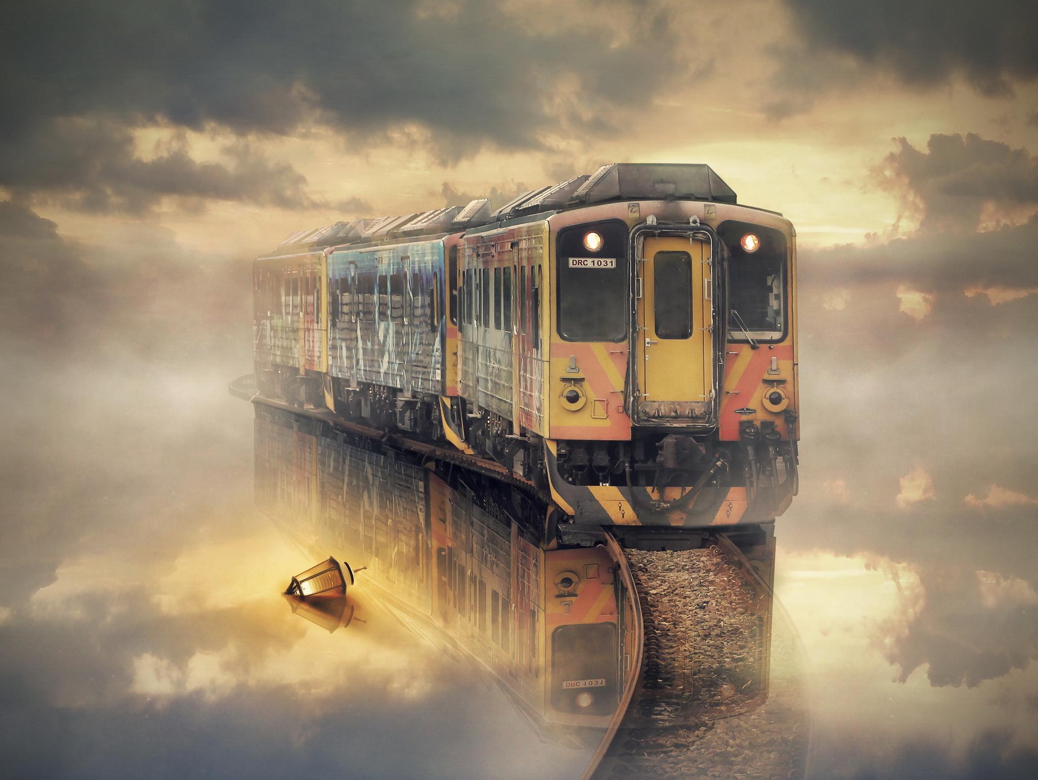 На вокзале мужчина оказался между жизнью и смертью