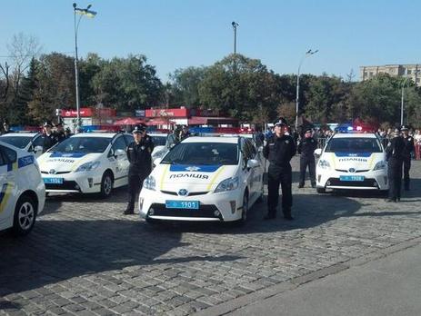 Стало известно, почему харьковские полицейские разбивают автомобили