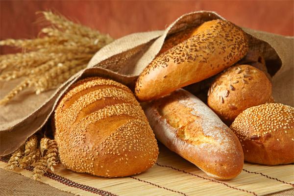 Хлеб с сюрпризом нашли в Харьковской области (фото)