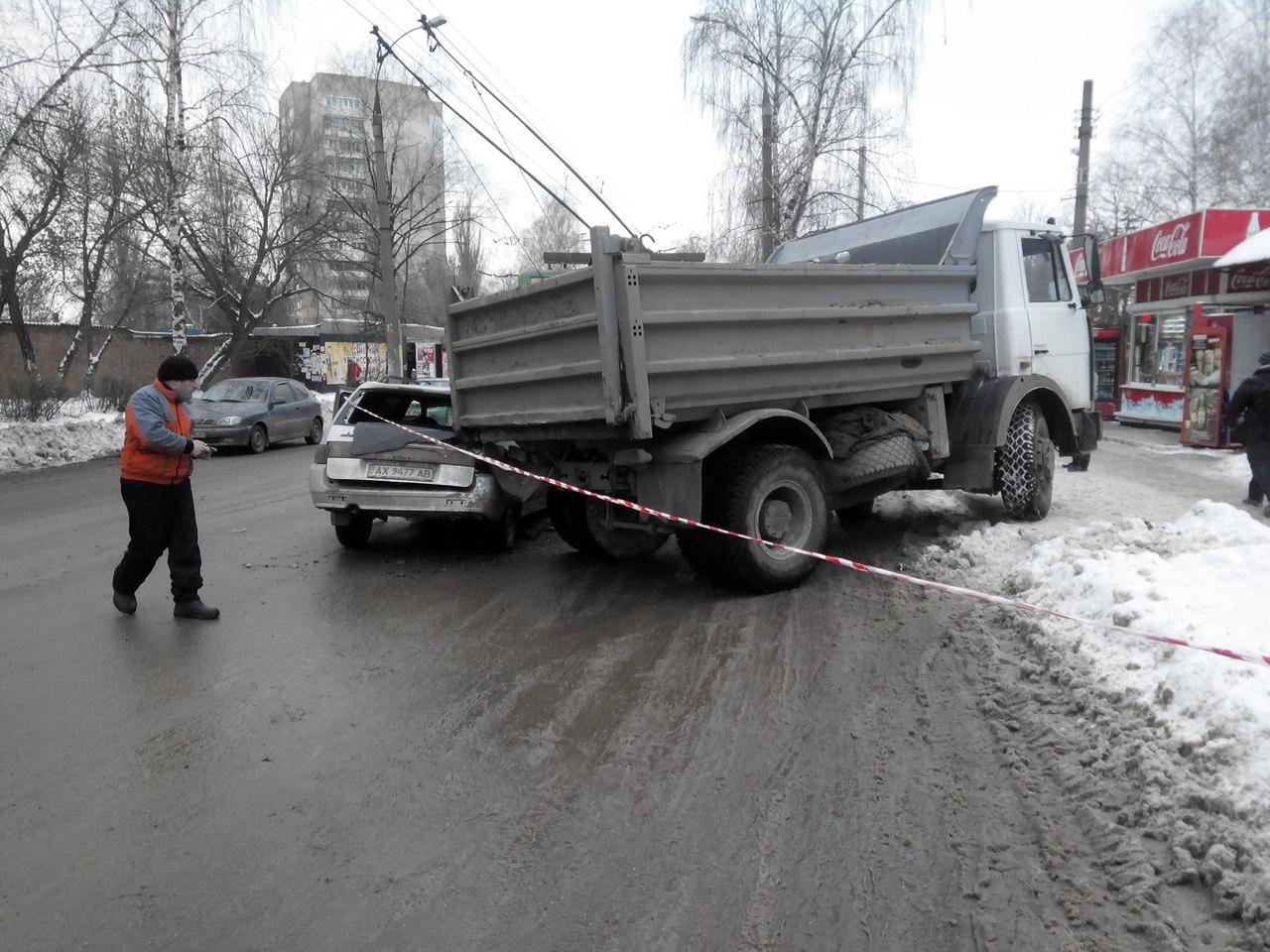В Харькове тяжеловес пытался порвать танцпол