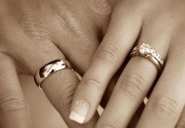 Женщину на Салтовке лишили признаков замужества
