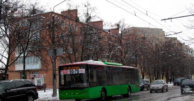 В Харькове общественный транспорт изменит маршруты из-за растений