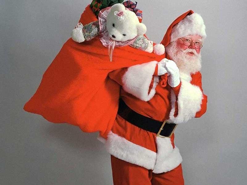 Харьковчане массово избавляются от даров Деда Мороза