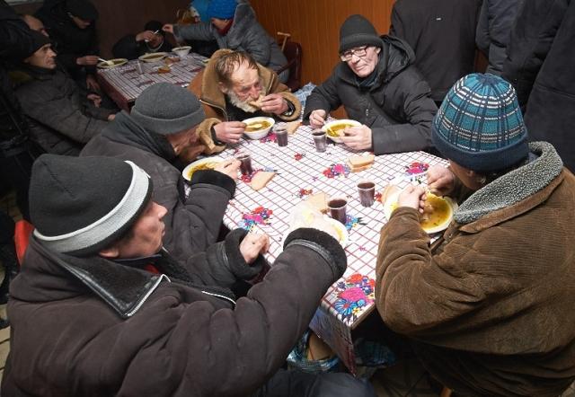 Где в Харькове можно бесплатно выпить чай с печеньем (СПИСОК)