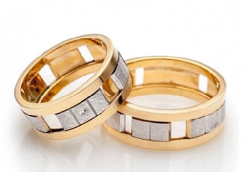 Кольцо в подарок – драгоценное признание в любви - Zlato.ua
