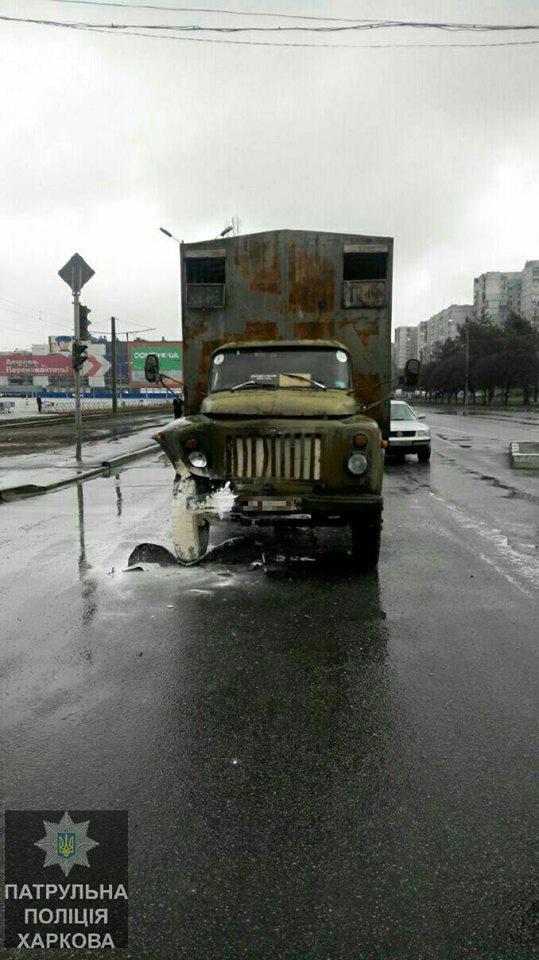 Водитель автобуса перепугал людей под Харьковом (ФОТО)