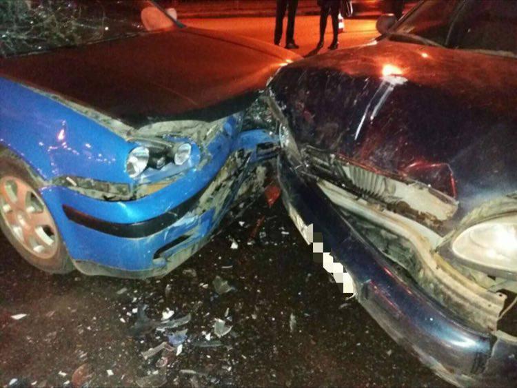 Мужчина попал в больницу после происшествия возле станции метро в Харькове (ФОТО)