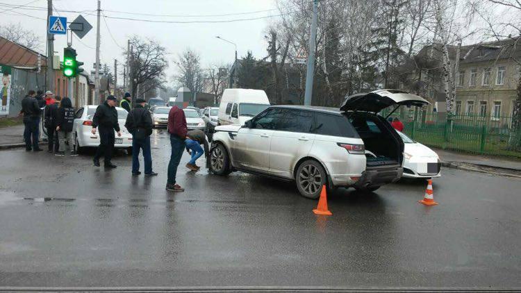 Харьковчанин жестоко поплатился за невнимательность (ФОТО)