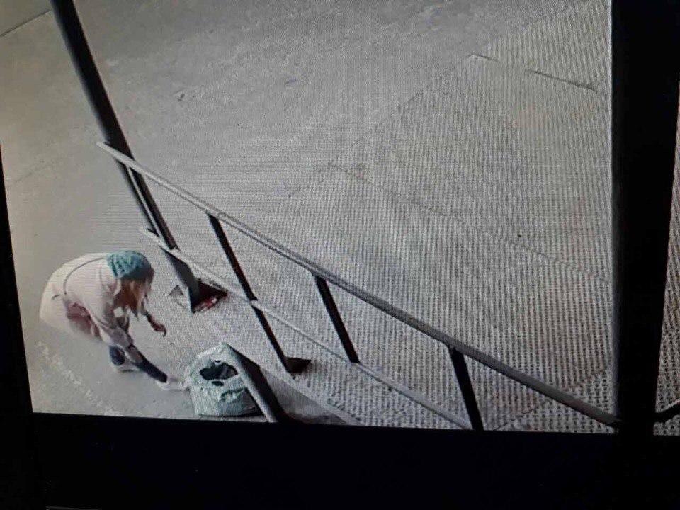Харьковчанин лишился сна из-за девушки в голубом берете