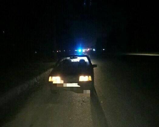 В Харькове пьяная женщина бросилась под колеса автомобиля