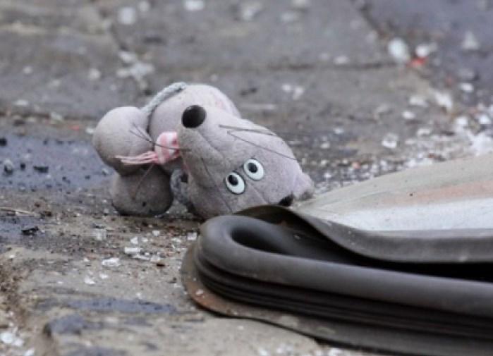 Маленький ребенок чудом уцелел в страшной аварии под Харьковом (фото)
