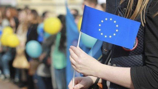 Шоу на площади Свободы. Веяние ЕС или возврат в прошлое
