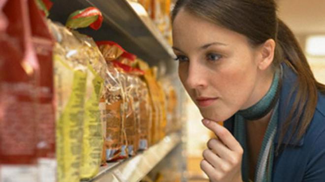 Жители Харькова жалуются на ужасные сюрпризы в супермаркетах (фото)