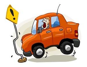 Авария в Харькове. Легковушку раскрутило на дороге (фото)