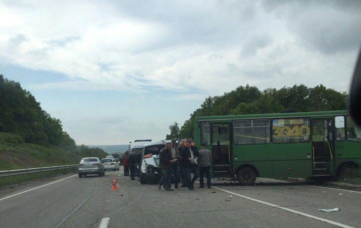 Чудовищная авария произошла на окружной дороге Харькова (фото)