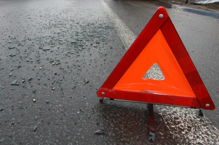 Страшная авария на Салтовке. Автомобили разлетелись на запчасти (фото)