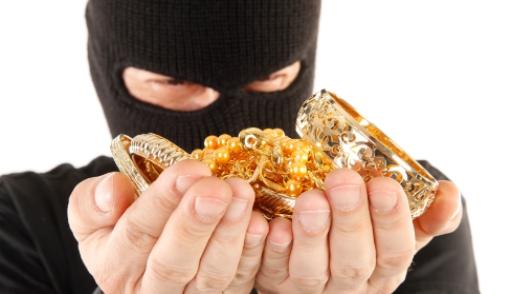 На Харьковщине начали грабить олигархов