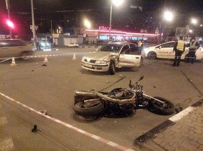 Серьезная авария в Харькове. Очевидцы сообщают о пострадавших и погибших (фото, видео)