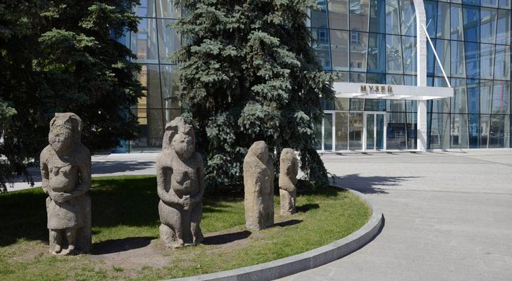 Культурные места Харькова теряют посетителей из-за смешной причины