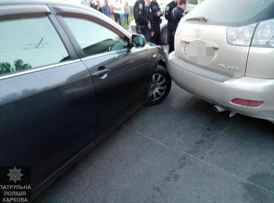 Погоня в Харькове. Несколько автомобилей разбиты, есть пострадавшие (фото)