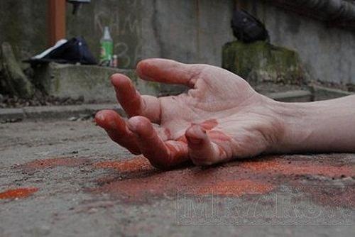 В Харькове пенсионер застрелился на глазах у полиции (фото, видео)