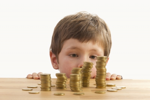 У нерадивых отцов из Харькова заберут больше денег