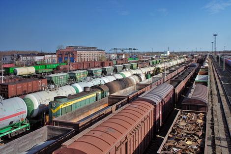 Через Харьков везут достояние олигархов